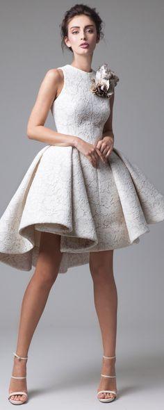 "Krikor Jabotian ""Dahlia"", S/S 2016 - Couture - http://www.orientpalms.com/Krikor-Jabotian-6465"