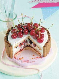 Τούρτα με κεράσια, μασκαρπόνε και πουράκια #τούρτα Cheesecake, Dessert Ideas, Desserts, Recipes, Food, Tailgate Desserts, Deserts, Cheesecakes, Essen