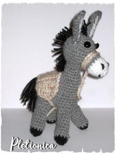 #crochetdonkey #donkeytoy #donkeypattern #crochetpattern #amigurumidonkey #amigurumipattern #crochettoy #pletionica How To Make Toys, Thick Yarn, Crochet Instructions, Crochet Basics, Crochet Patterns Amigurumi, Photo Tutorial, Crochet Animals, Stuffed Toys Patterns, Cool Toys