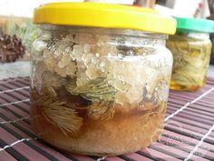 Fenyőrügy szirup, szörp, méz Mason Jars, Food And Drink, Sugar, Mason Jar, Glass Jars, Jars