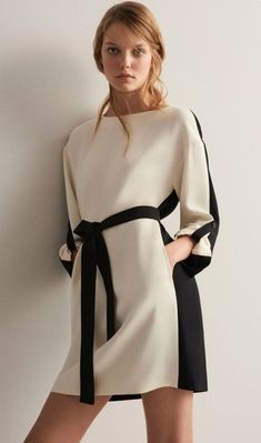 Fotos de vestidos simples para festas Pictures of simple party dresses – Dress of the day Simple Outfits, Simple Dresses, Trendy Outfits, Casual Dresses, Short Dresses, White Maxi Dresses, Summer Dresses, Hijab Fashion, Fashion Dresses