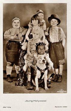 Our Gang. German postcard by Ross Verlag, no. 4356/1, 1929-1930. Photo: Metro-Goldwyn-Mayer.
