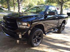 Beautiful in black... (2015 #RAM 1500)