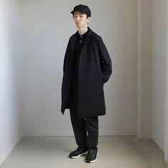 """Reposting @ci_1115: ... """"TEATORAの今期からの新しいライン『FULL FLAT』の素晴らしい着心地。機能性テキスタイル『SOLO TEX』の凄さを。 . #三重 #四日市 #セレクトショップ #洋服とか器とか素敵なもの #着楽 #チャクラ #コーディネート #スタイリング #ファッション #teatora #auralee #comesandgoes #nike #テアトラ #オーラリー #カムズアンドゴーズ #walletcoat #walletpants #セットアップ #フルフラット . ※プロフィール欄にオフィシャルHPへのリンクがあります。お問い合わせやメッセージ等はそちらからお願いします。"""" Menswear mode style ootd outfit streetstyle men homme tenue inspiration idée"""