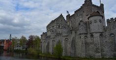 http://frombeiruttojupiter.blogspot.be/2016/04/belgium-part-4-castles-and-beer-in-ghent.html #visitgent gent ghent belgium gravensteen casstle of the counts travel