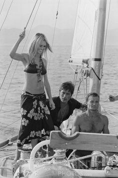 Alain Delon And Brigitte Bardot In Saint Tropez, France In August, Pictures Brigitte Bardot, Bridget Bardot, Saint Tropez, Alain Delon, Boat Icon, French Icons, Julie Christie, Bon Weekend, French Actress
