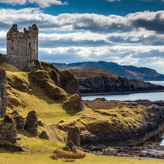 This photo of Gylen Castle on Kerrera Island, Scotland, makes us feel instantly calm #scotland #castle #coast