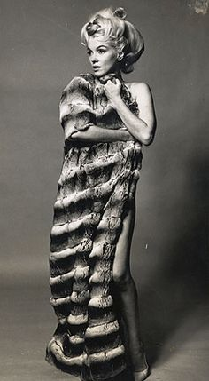 Oct. 7, 1962: Marilyn Monroe in Chinchilla by Bert Stern - The Last Sitting, day 2 (img. gallery)