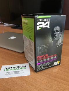 #CR7Drive de #Herbalife24. Hidratación y energía para tu deporte favorito