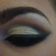 #eye #makeup#eyemakeup #eyeliner #lashes #eyeshadows #lovely #makeuplovers #makeupartist #eyebrows #brows #instamakeup #instabeauty #beauty