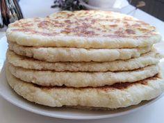 Glutenfria godsaker: Glutenfritt stekpannebröd A Food, Good Food, Food And Drink, Yummy Food, Savoury Baking, Bread Baking, Gluten Free Baking, Gluten Free Recipes, Breakfast Basket