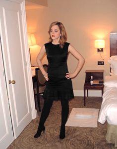 Emma Watson sexy black dress with sheer black tights Emma Watson Body, Emma Watson Style, Emma Watson Sexiest, Celebrities In Stockings, Emma Ross, Ema Watson, Emma Watson Beautiful, Pantyhosed Legs, Bollywood
