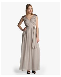 Tintoretto 71,40€ (antes 119€)  #fashion #lowcost #dresses #moda http://cuchurutu.blogspot.com.es/2014/05/40-vestidos-para-ir-de-boda-por-menos.html