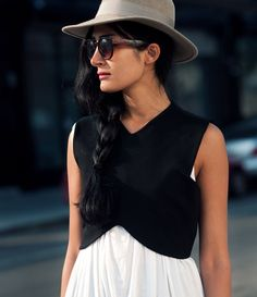 Great fresh idea to incorporate the midriff look over a layer.  ZARA - #PICTURES - WEEK 1