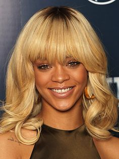 Rihanna's must have bangs