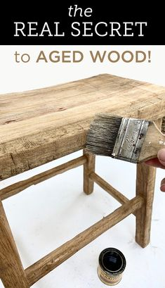 Home Decor Chic Find out the real secret to aging wood realistically.Home Decor Chic Find out the real secret to aging wood realistically Ikea Hacks, Hacks Diy, Upcycled Furniture, Painted Furniture, Diy Furniture, Into The Woods, Weathered Wood, Old Wood, Shabby