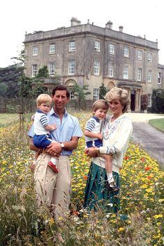Prince Charles, Princess Diana, Prince William and Prince Harry 1986   - TownandCountryMag.com
