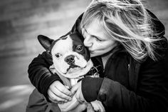 Sandy Sharkey has photographed homeless or low-income people with their pets for the fundraiser Joy To Their Worlds.