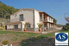 Landhaus, Pferdefarm auf ca. 110.000 qm Land zu verkaufen!!!  Details zum #Immobilienangebot unter https://www.immobilienanzeigen24.com/spanien/catalua/08001-barcelona/haus-kaufen/18201:-1663047050:0:mr2.html  #Immobilien #Immobilienportal #Barcelona #Haus #Spanien