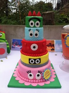 Yo Gabba Gabba Cake. Yo Gabba Gabba is a educational nickelodeon program with many fan under the age of five.