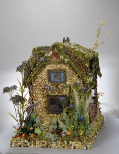 3809da386086 Completed in March of 2008, the Minster Lovell Faery Dollhouse is the  second Enchanted Woodland