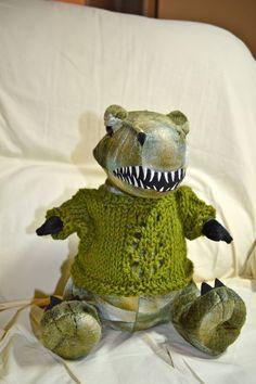 Alligator sweater for Jasper...Knitting