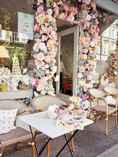Over-sized Silver Ornate Mirror Makeover - Step Inside My Handbag Coffee Shop Interior Design, Coffee Shop Design, Cafe Design, Cake Shop Design, Flower Shop Design, Flower Cafe, Bakery Decor, London Cafe, Deco Restaurant
