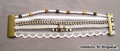 Oh un beau bracelet blanc !! Ze Trio craque !! Vous le trouverez dans les boutiques La Droguerie. Des questions ? Nous vous donnons rdv sur notre blog ci-dessous : tricots-de-la-droguerie.fr #bijoux #ladroguerie