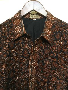Vintage Batik men's ethnic shirt Indonesian shirt vtg