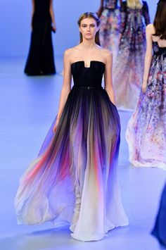 Usaully Runway fashion is just carzy in my eyes, i really lobe this dress.