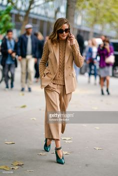 Olivia Palermo, outside Carven, during Paris Fashion Week Womenswear Spring/Summer 2018, on September 28, 2017 in Paris, France.