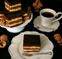 Marysieńka – Czekoladowe Ciasto z Warstwą Orzechową i Aksamitną Masą Budyniową