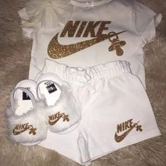 Cool Kids fashion Outfit - - Kids fashion Trends Girls - Kids fashion For 10 Year Olds Fit Cute Baby Shoes, Cute Baby Girl Outfits, Newborn Girl Outfits, Cute Outfits For Kids, Toddler Outfits, Unique Baby Clothes, Baby Kids Clothes, Newborn Baby Clothes, Kids Clothing