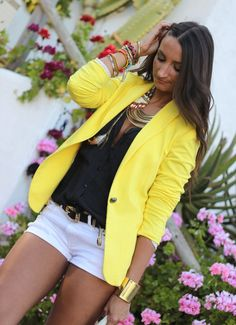 Yellow Blazer & Black Shirt & White Shorts from frombohotochiic.blogspot.fr... - Total Street Style Looks And Fashion Outfit Ideas