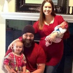 Photo Of Bray Wyatt With His Wife and Two Daughters – PWMania