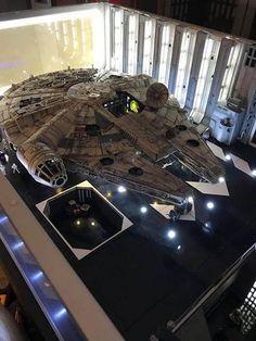 Star wars for sale Star Wars Film, Nave Star Wars, Star Wars Toys, Star Wars Poster, Star Wars Art, Lego Star Wars, Maquette Star Wars, Millennium Falcon Model, Cuadros Star Wars