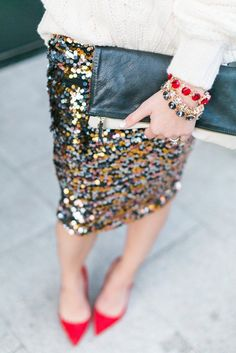 30 ideas skirt sequin outfit winter new years eve Sequin Skirt Outfit, Skirt Outfits, New Years Outfit, New Years Eve Outfits, Outfits Casual, Fashion Outfits, Womens Fashion, Vegas Outfits, Club Outfits