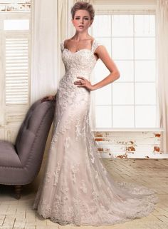 Enticing Trumpet/ Mermaid Sweetheart Floor-Length Embroidery Lace Wedding Dress