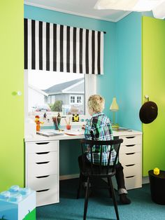 Love this blue and green boy bedroom