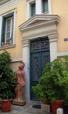 Neoclassical House in Plaka, Athens, Greece Attica Athens, My Athens, Athens Greece, Neoclassical Interior, Antebellum Homes, Greek Culture, Grand Entrance, Greece Travel, Interior Architecture