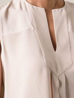 Compre Tory Burch Regata de seda em  from the world's best independent boutiques at farfetch.com. Compre em 400 boutiques em um único endereço.