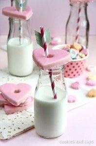 cupid's arrow straw deco - cookie glass topper
