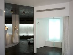 Hila Gaon wedding gown store k1p3 architects 07