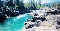 Alberta's Secret Turquoise Swimming Hole Needs To Be On Your Summer Bucket List - Narcity Alberta Travel, Montreal Travel, Road Trip Destinations, Lake Huron, Beautiful Places To Travel, Swimming Holes, Summer Bucket Lists, Get Outdoors, Canada Travel