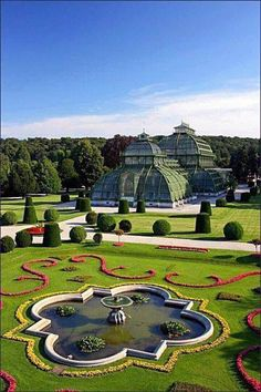 At the nicely manicured gardens of the Schönbrunn Park and Botanical Garden in Vienna, Austria. Places Around The World, Travel Around The World, Around The Worlds, Places To See, Places To Travel, Wonderful Places, Beautiful Places, Wachau Valley, Gardens Of The World