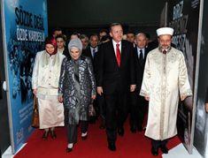 Emine Erdogan Gri Ceket Pantolon Takımı