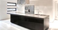 Hoge wandkasten met inbouwtoestellen keuken - Google zoeken