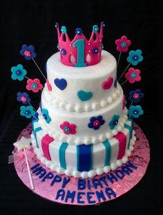 fondant tiara cake for the little princess