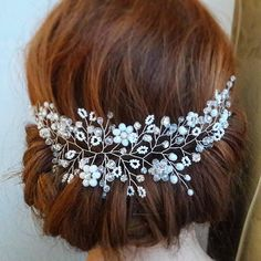 Check out this item in my Etsy shop https://www.etsy.com/listing/553906730/wedding-headpiece-bridal-hair-piece