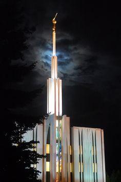 Seattle Washington Temple at night. #LDS #MormonTemple